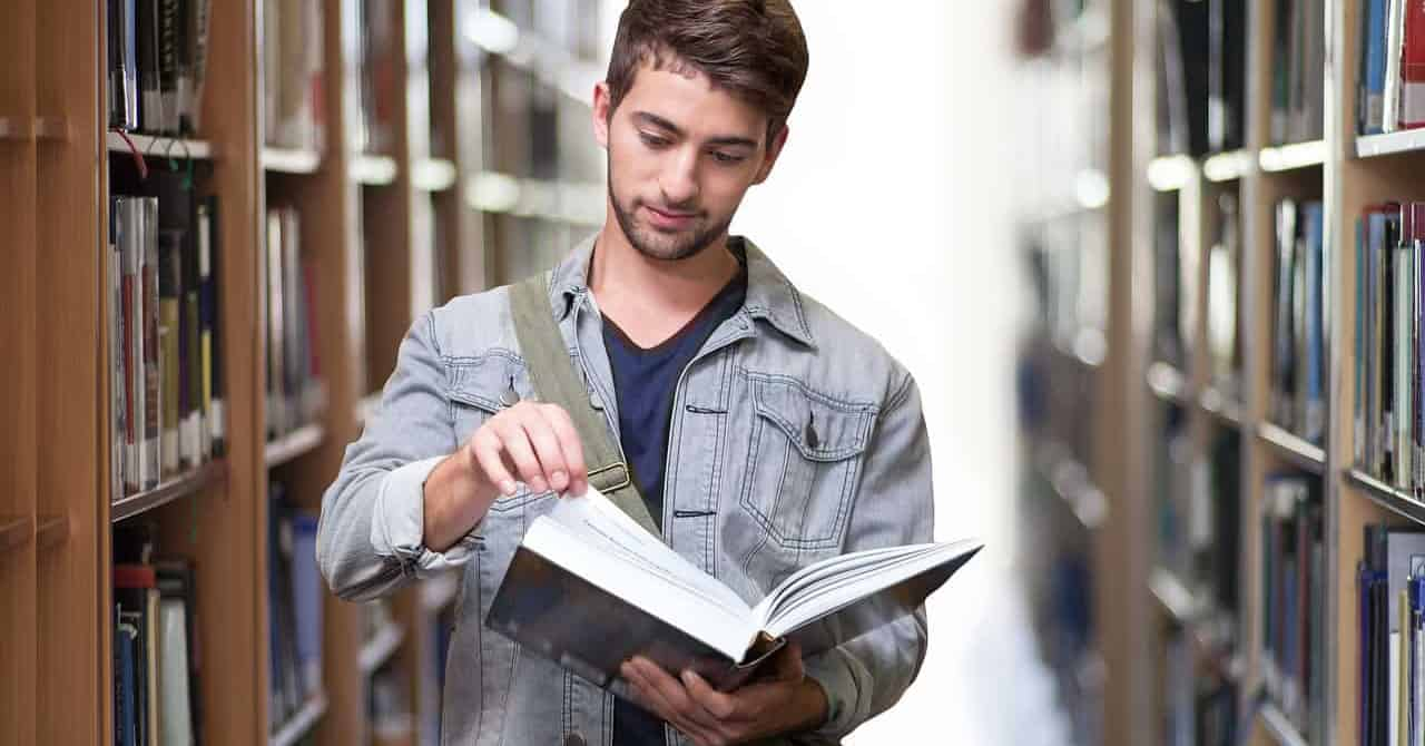 books every college student must have