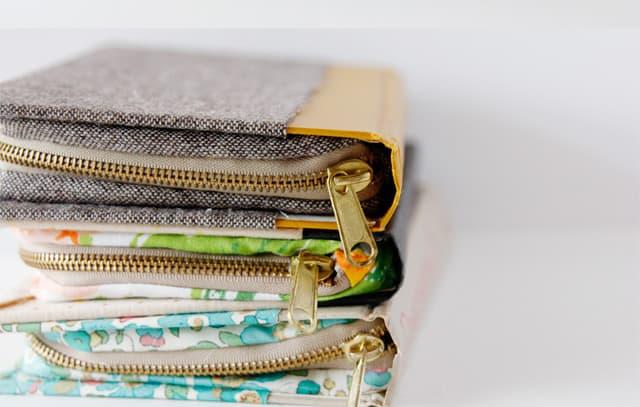 zipper book clutch