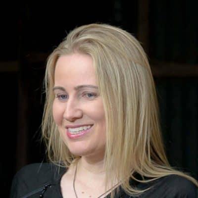 Elise Noble